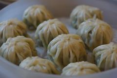 produce(0.0), shumai(0.0), dessert(0.0), nikuman(1.0), xiaolongbao(1.0), mandu(1.0), baozi(1.0), momo(1.0), food(1.0), dish(1.0), dumpling(1.0), buuz(1.0), khinkali(1.0), cuisine(1.0),