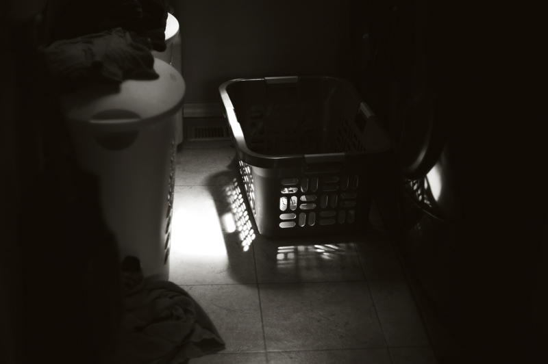 laundry basket light