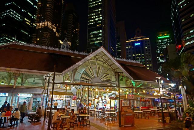 2012-06-17 06-30 Singapore 460 Lau Pa Sat Market