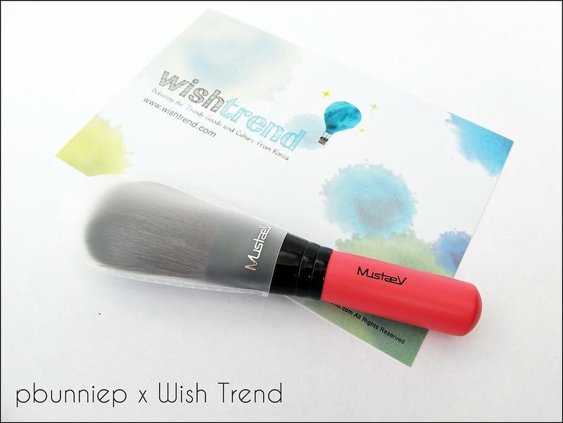 Mustaev Pink powder brush_04