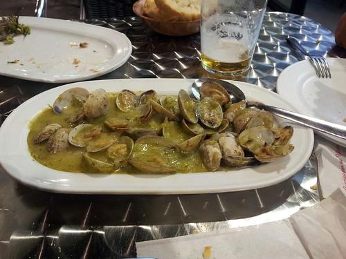 Burgos | Centro Galego | Almejas marineras