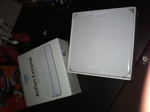 unboxing the new Airport Extreme