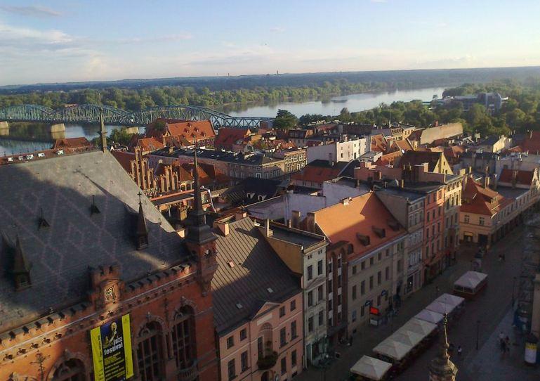 Visita a la ciudad de Toruń en Polonia