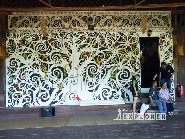 Long nawang Kenyah Mural