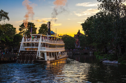 Magic Kingdom - Rivers of America Sunset