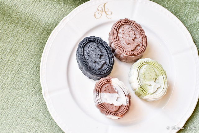 Antoinette Mooncake and new cakes