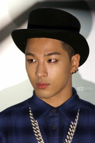 Taeyang_NONA9ON-party-HQ-20140911(8)