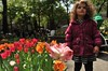8048  Tia and the levitating tulip