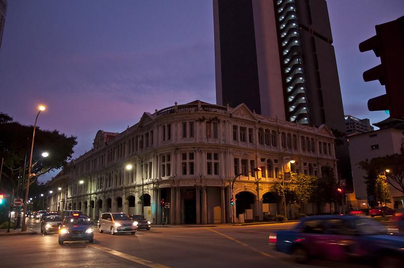 Ночные улицы в Сингапуре