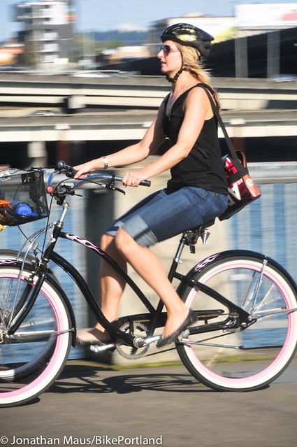 People on Bikes - Waterfront Park-34