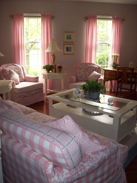 Pink-Living-Room