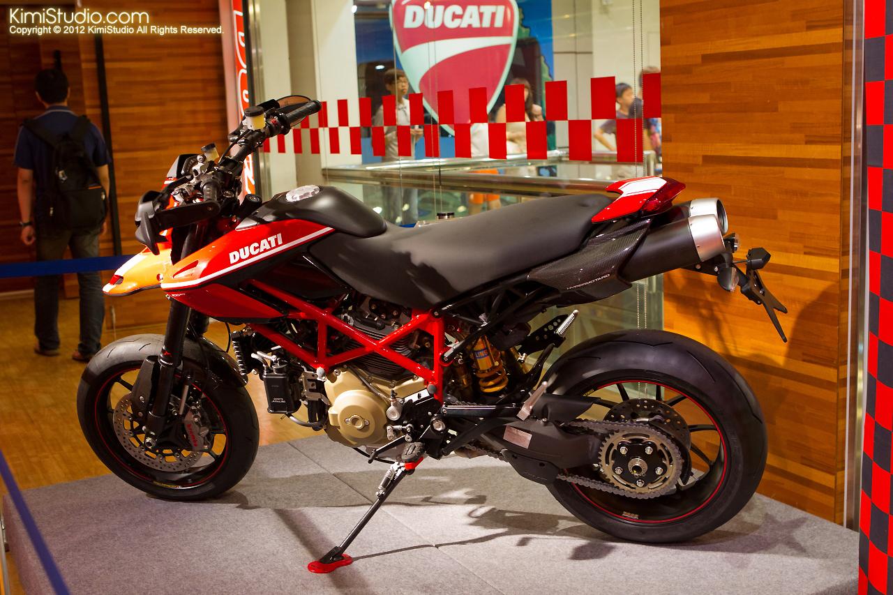 2011.07.26 Ducati-059