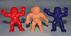 Weird Ball Wrestlers figures