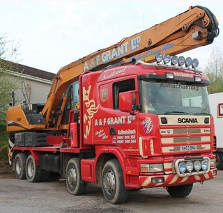 A. & F. Grant LTD Ballindalloch Scania Timber Crane SN53 BNU