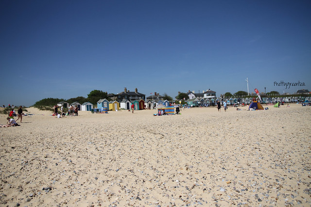 Prettygreentea southwold beach