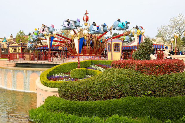 DLP April 2012 - Wandering through Fantasyland