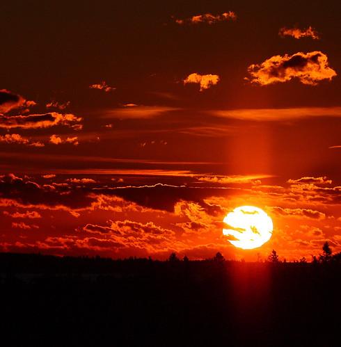 [フリー画像素材] 自然風景, 朝焼け・夕焼け, 雲, 太陽 ID:201206182000