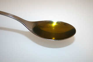 09 - Zutat Olivenöl / Ingredient olive oil