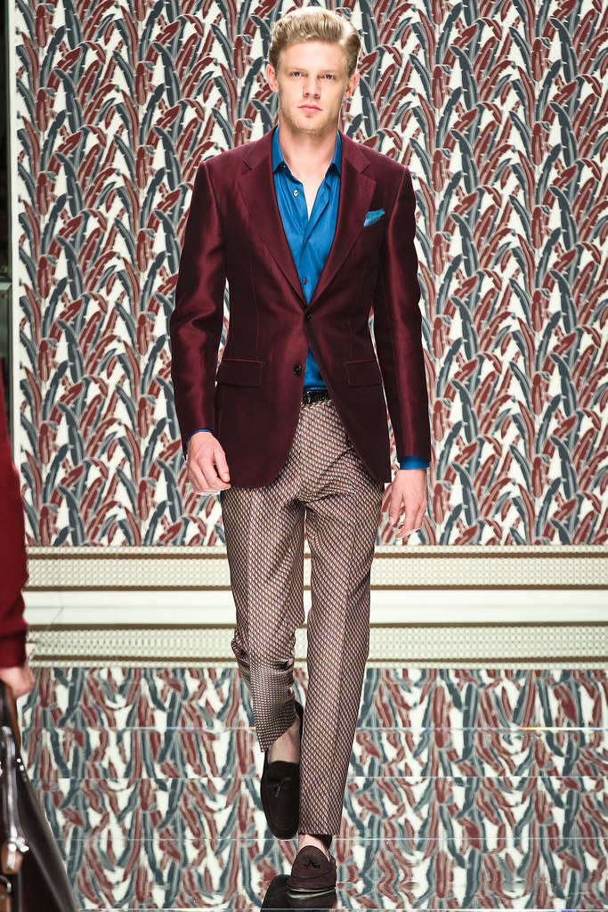 SS13 Milan Ermenegildo Zegna021_Lenz Von Johnston(VOGUE)