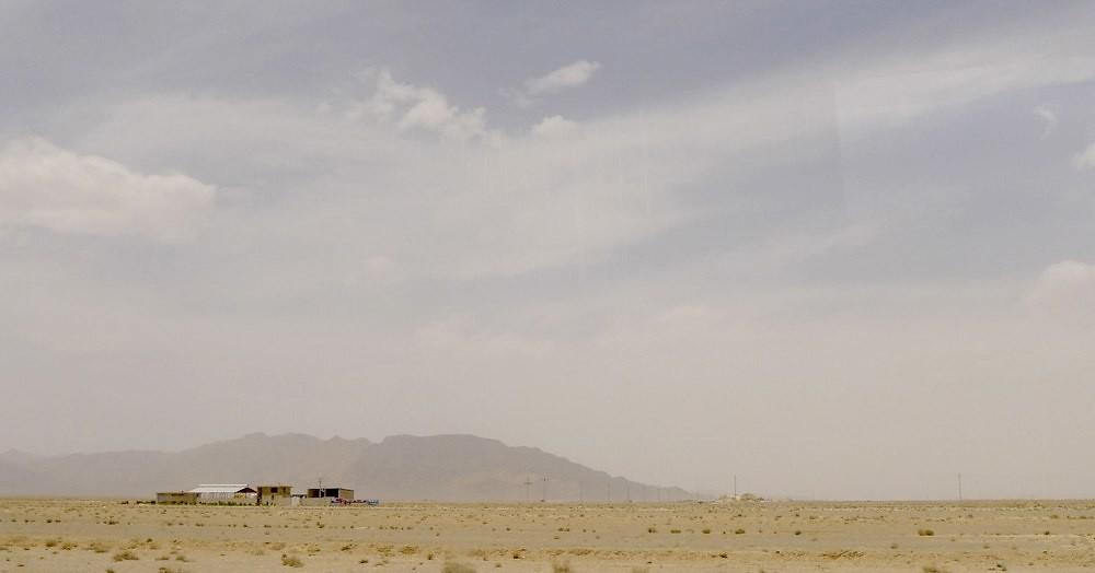 yazd-shiraz-L1020990