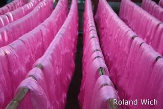 Amarapura - Drying fabrics
