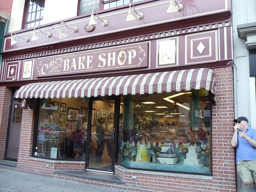 CARLO'S BAKE SHOP: Hoboken, New Jersey by JuneNY