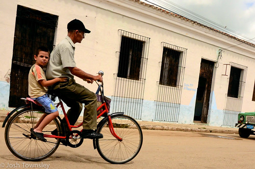 Bicycle scenes from Cuba by Josh Townsley--10