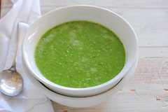 pea & pesto soup-2