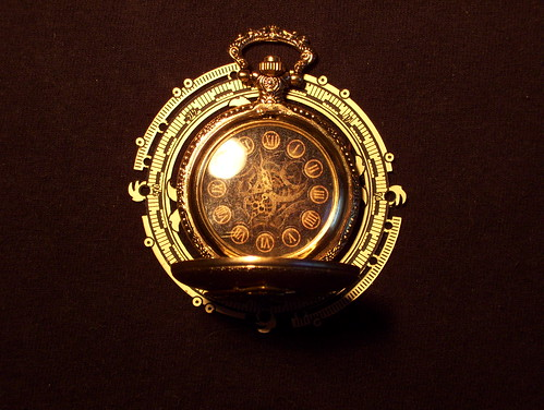 clockwork canary pocket watch (13) by broken toys