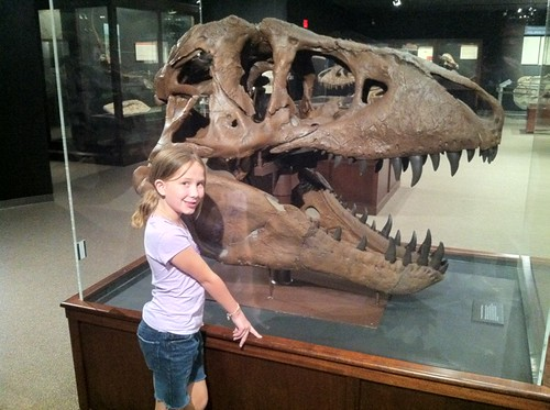 Rachel and a T-Rex skull cast