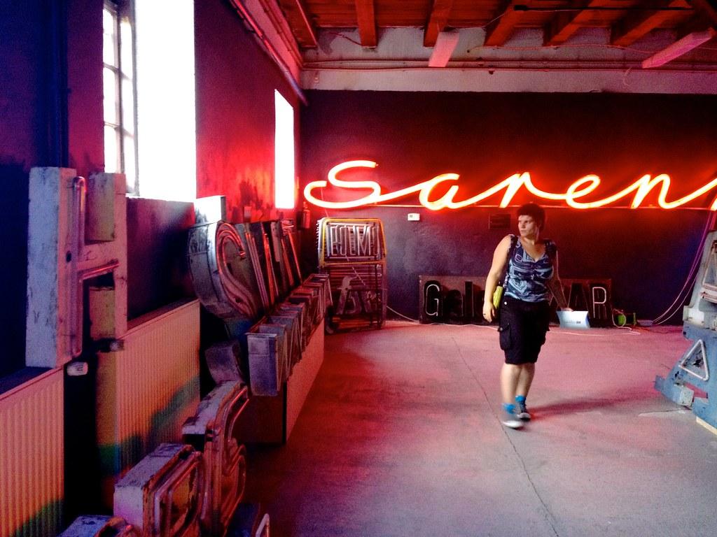 Warschau (PL) - Neon Museum - SoHo Factory