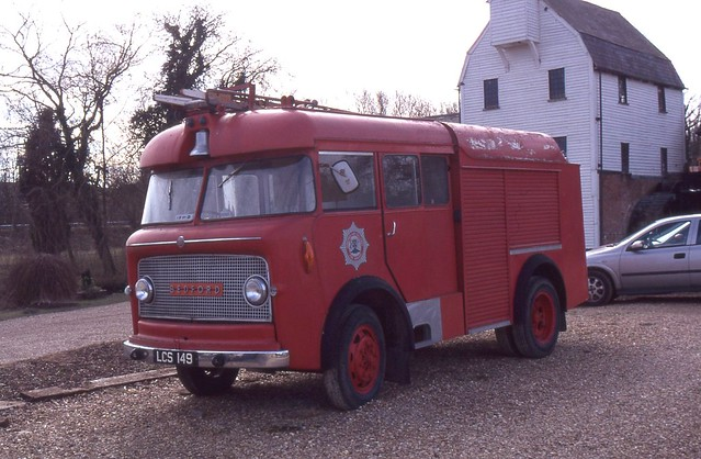 Old Fire Appliance . LCS149 .  Barton-le-Clay , Bedfordshire . 06th-March-2006 .