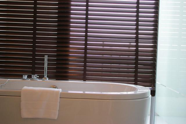 Anantara Bangkok Sathorn - Bath Tub