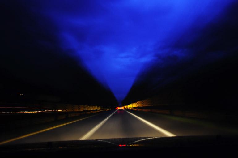 web_driving_lightning_0048