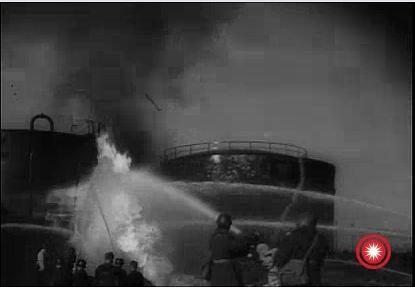 Tanc de petrol in flacari - 1944 Ploiesti 2