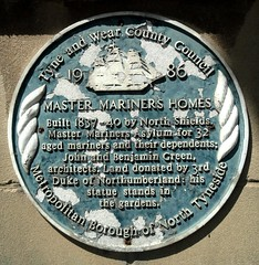 Photo of Master Mariners Homes, John Green, and Benjamin Green blue plaque