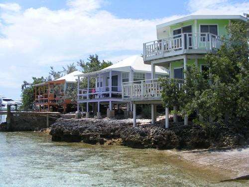 Staniel Cay villas