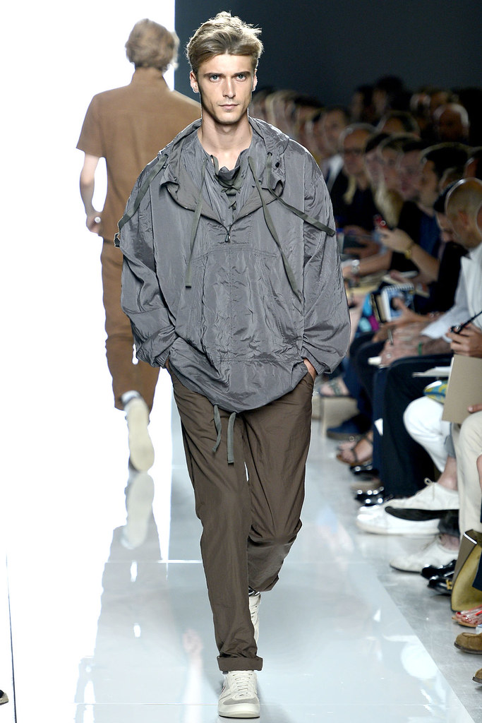 SS13 Milan Bottega Veneta006_Clement Chabernaud(VOGUE)