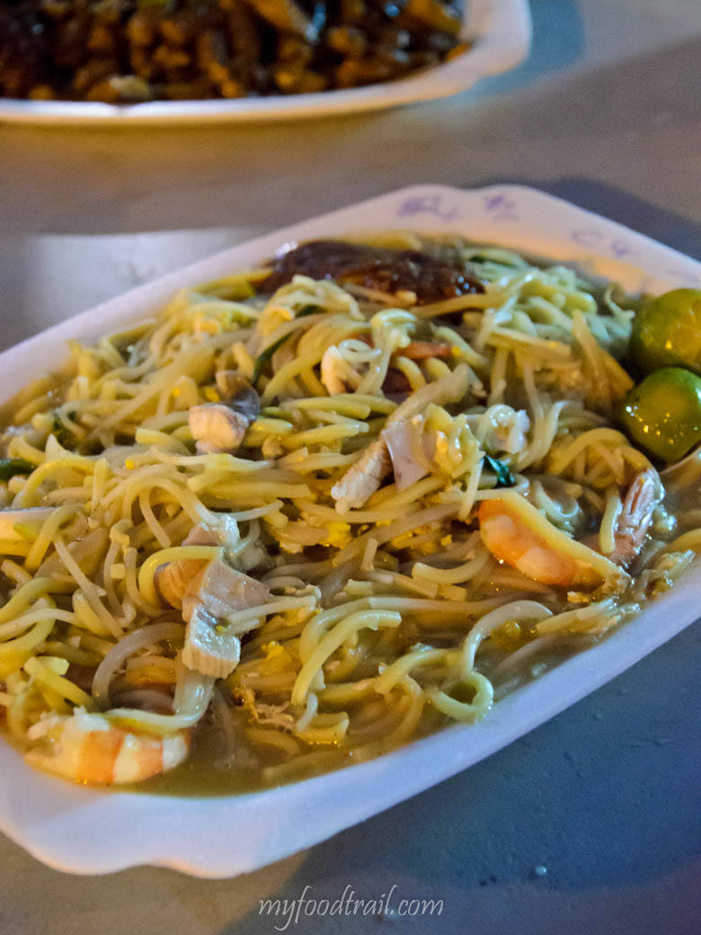 Singapore Hawker Food - Prawn noodles