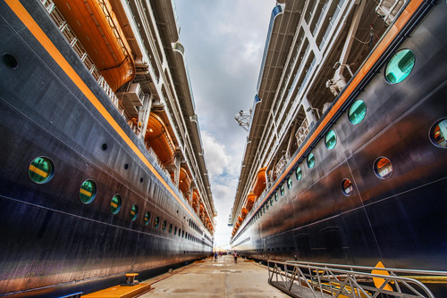 The Towering Ships
