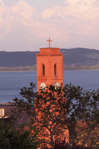 old pink sunset red sky lake building church rose rouge schweiz switzerland construction catholic cross suisse symbol religion lac ciel église 日落 neuchâtel coucherdesoleil croix 教堂 红色 ancien 瑞士 湖 粉红色 catholicisme 傍晚 olympusepl2 纳沙泰尔