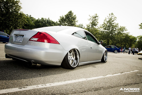 silver 7th Gen Honda Accord coupe V6 deep dish wheel