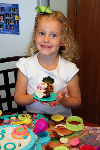 Aut-Play-Doh-Cake