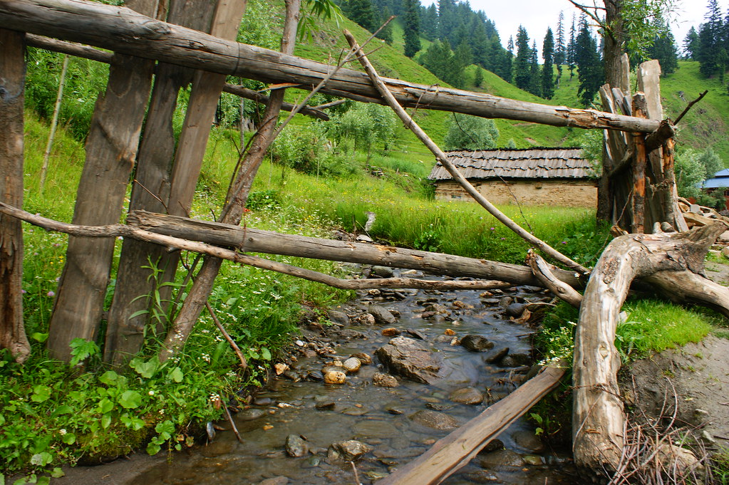 """MJC Summer 2012 Excursion to Neelum Valley with the great """"LIBRA"""" and Co - 7607577310 c981605b9a b"""