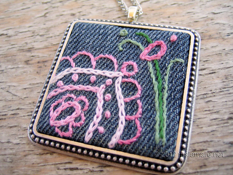 hand embroidered jeans necklaces flower