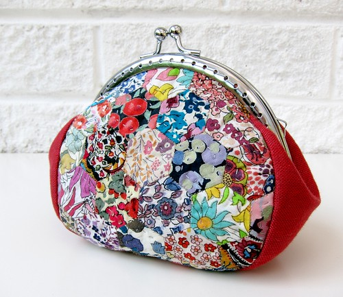 Clippy purse with Liberty hexies