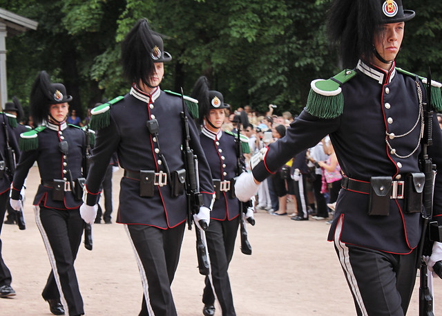 palace guards march