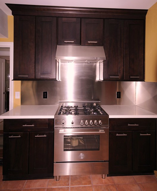 top level bertazzoni gas range hood flickr photo sharing. Black Bedroom Furniture Sets. Home Design Ideas