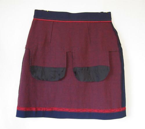 V1247 skirt inside