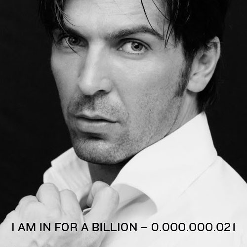0.000.000.021: Hi, I am Gianluigi Buffon from Italy. I am a Non-Violence and Peace Ambassador. Join the movement and GIVE PEACE A FACE by signing up your face just like me…and write a message to the world right here. Thank you and have fun!Gianlugi